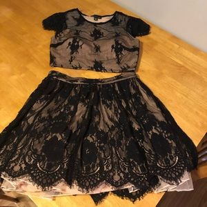 Dresses & Skirts - Black lace homecoming dress.